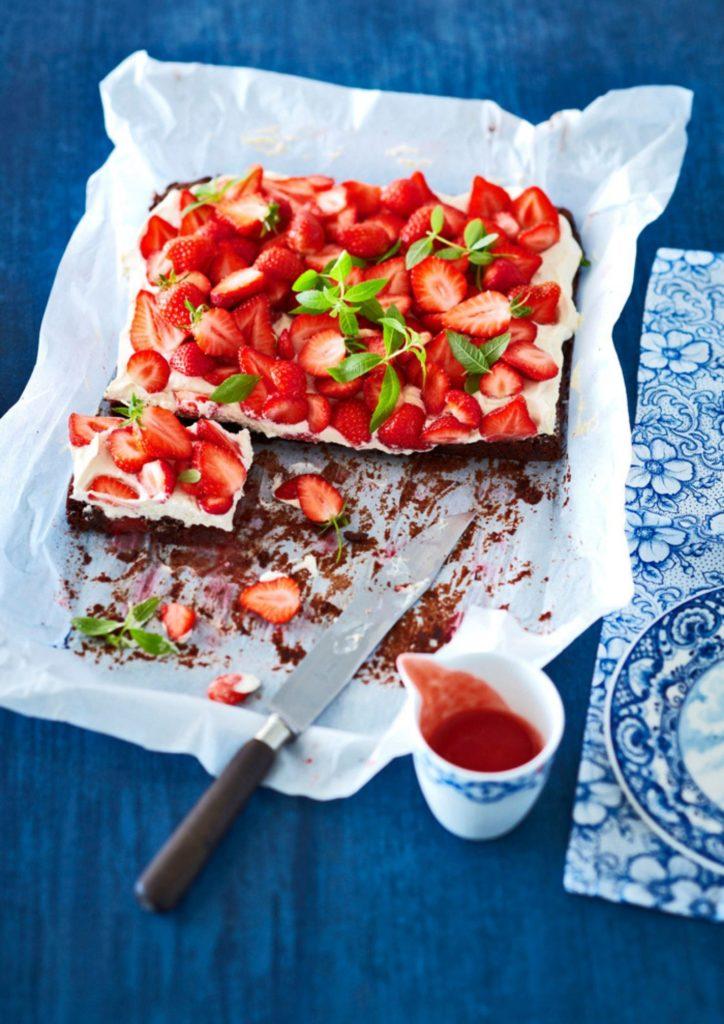 Recept aardbeien-brownie-taart